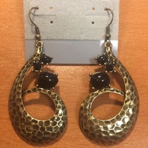 Jewelry - New Black and Gold Earrings